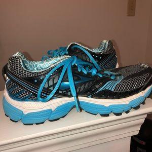 Brooks Glycerin 9 running shoe